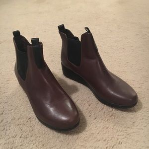 Cole Haan waterproof ankle boots - 6 1/2 B
